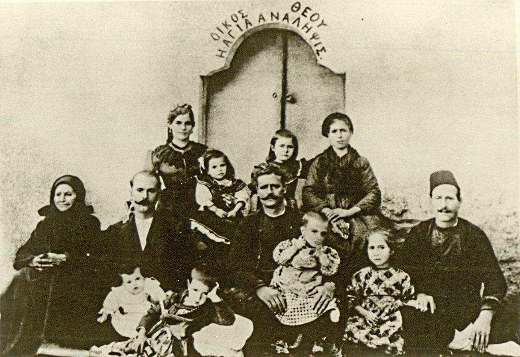 <b>8 Μαρτίου 1907</b><br><br>Γέννηση Κ. Καραμανλή στην Πρώτη Σερρών