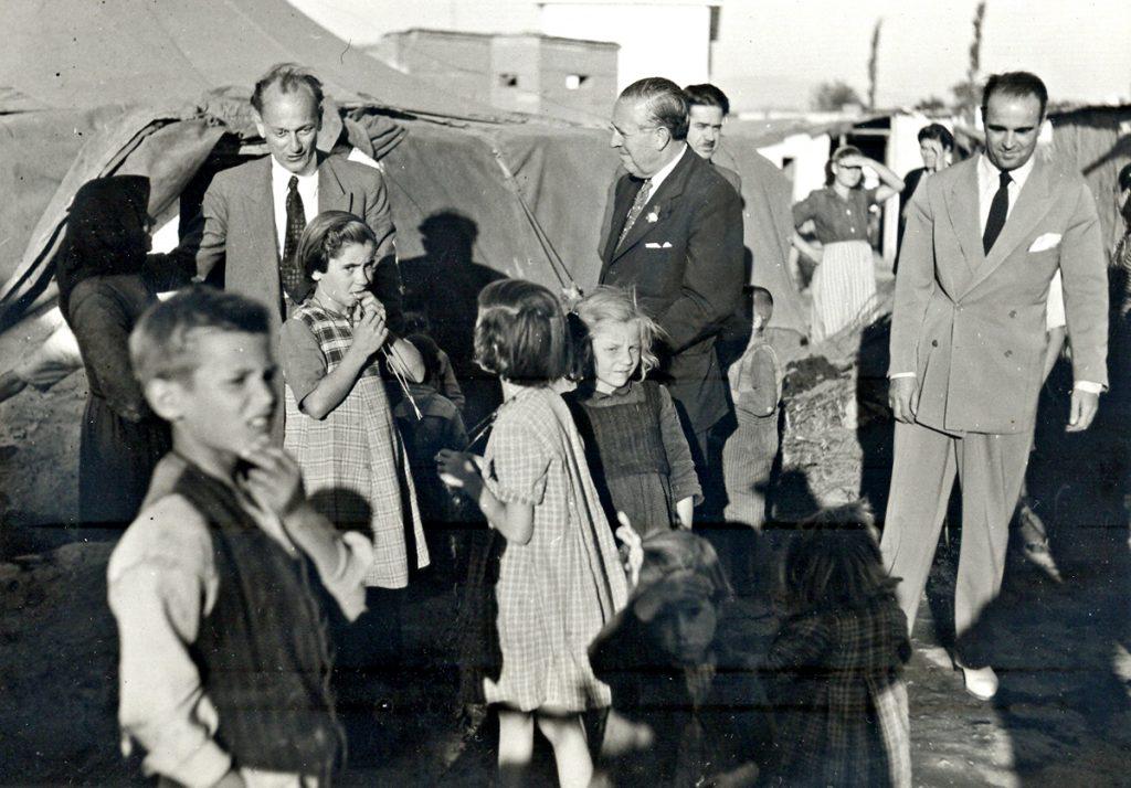 Νοέμβριος 1948 – Ιανουάριος 1950 | Αναλαμβάνει υπουργός Κοινωνικής Πρόνοιας